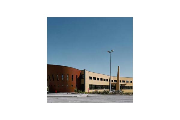 Placaje HPL pentru fatade ventilate - Proiectul Relais du Larzac, La Cavalerie, Franta TRESPA - Poza 1