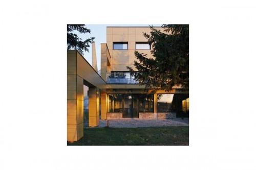 Lucrari, proiecte Placaje HPL pentru fatade ventilate - Proiectul Relais du Larzac, La Cavalerie, Franta TRESPA - Poza 4