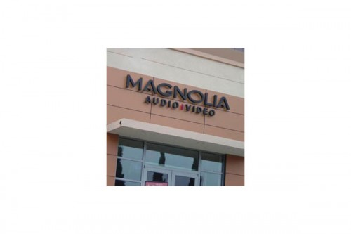 Lucrari de referinta Placaje HPL pentru fatade ventilate - Proiectul Retail Magnolia Hi-Fi, SUA TRESPA - Poza 1