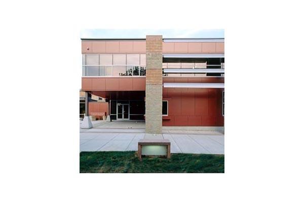 Placaje HPL pentru fatade ventilate - Proiectul Roger Williams University, Bristol, SUA TRESPA - Poza 1
