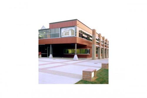 Lucrari de referinta Placaje HPL pentru fatade ventilate - Proiectul Roger Williams University, Bristol, SUA TRESPA - Poza 2
