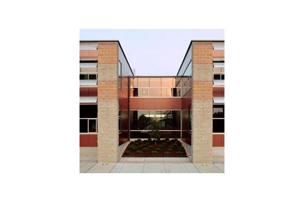 Placaje HPL pentru fatade ventilate - Proiectul Roger Williams University, Bristol, SUA TRESPA - Poza 5