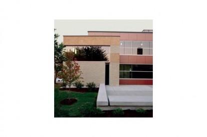 us0606004_tcm31-30737 METEON Placaje HPL pentru fatade ventilate - Proiectul Roger Williams University, Bristol, SUA