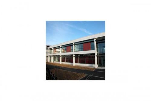 Lucrari de referinta Placaje HPL pentru fatade ventilate - Proiectul School De la Gueriniere Caen, Franta TRESPA - Poza 2