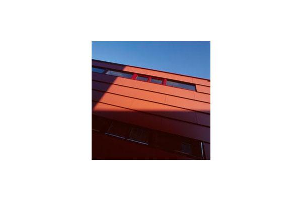 Lucrari, proiecte Placaje HPL pentru fatade ventilate - Proiectul School Den Haag, Olanda