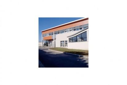 fr0108_tcm31-22115 METEON Placaje HPL pentru fatade ventilate - Proiectul School Paul Eluart Tinquex, Franta