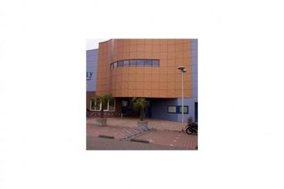 nl0704001_tcm31-31477 METEON Placaje HPL pentru fatade ventilate - Proiectul Sportsfacility, Almelo, Olanda