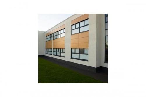 Lucrari de referinta Placaje HPL pentru fatade ventilate - Proiectul Stockley Academy, Uxbridge, Anglia TRESPA - Poza 3