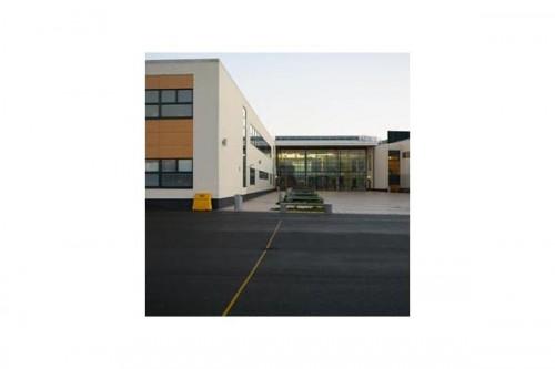Lucrari de referinta Placaje HPL pentru fatade ventilate - Proiectul Stockley Academy, Uxbridge, Anglia TRESPA - Poza 8