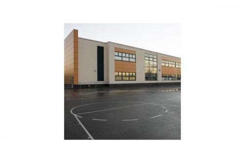 Lucrari de referinta Placaje HPL pentru fatade ventilate - Proiectul Stockley Academy, Uxbridge, Anglia TRESPA - Poza 10