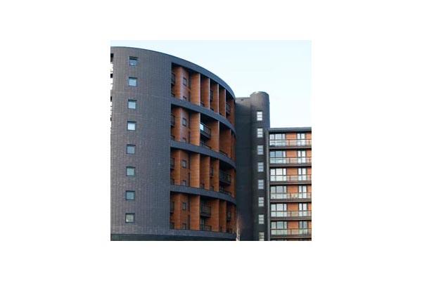 Lucrari, proiecte Placaje HPL pentru fatade ventilate - Proiectul The Sphere, Londra, Anglia