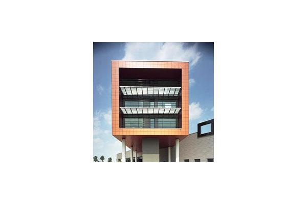 Placaje HPL pentru fatade ventilate - Proiectul v.d. Meerakker TRESPA - Poza 3