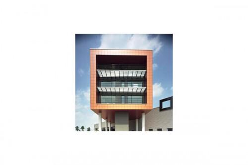 Lucrari de referinta Placaje HPL pentru fatade ventilate - Proiectul v.d. Meerakker TRESPA - Poza 3
