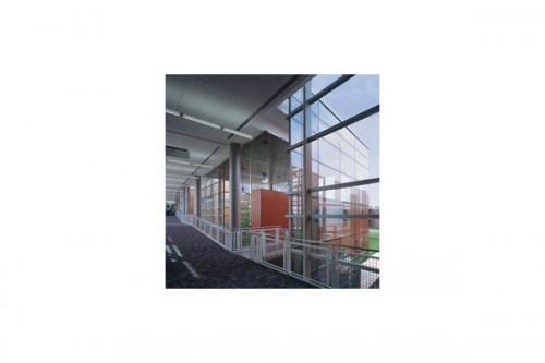Lucrari de referinta Placaje HPL pentru fatade ventilate - Proiectul William Rainey Harper College, SUA TRESPA - Poza 1