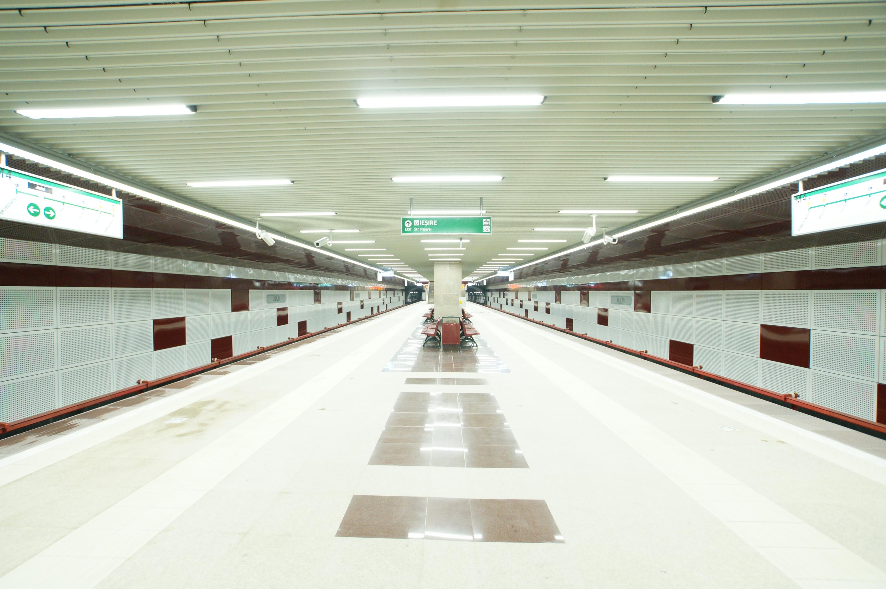 Panouri din tabla de otel folosite la statia de metrou Jiului OMERAS - Poza 6