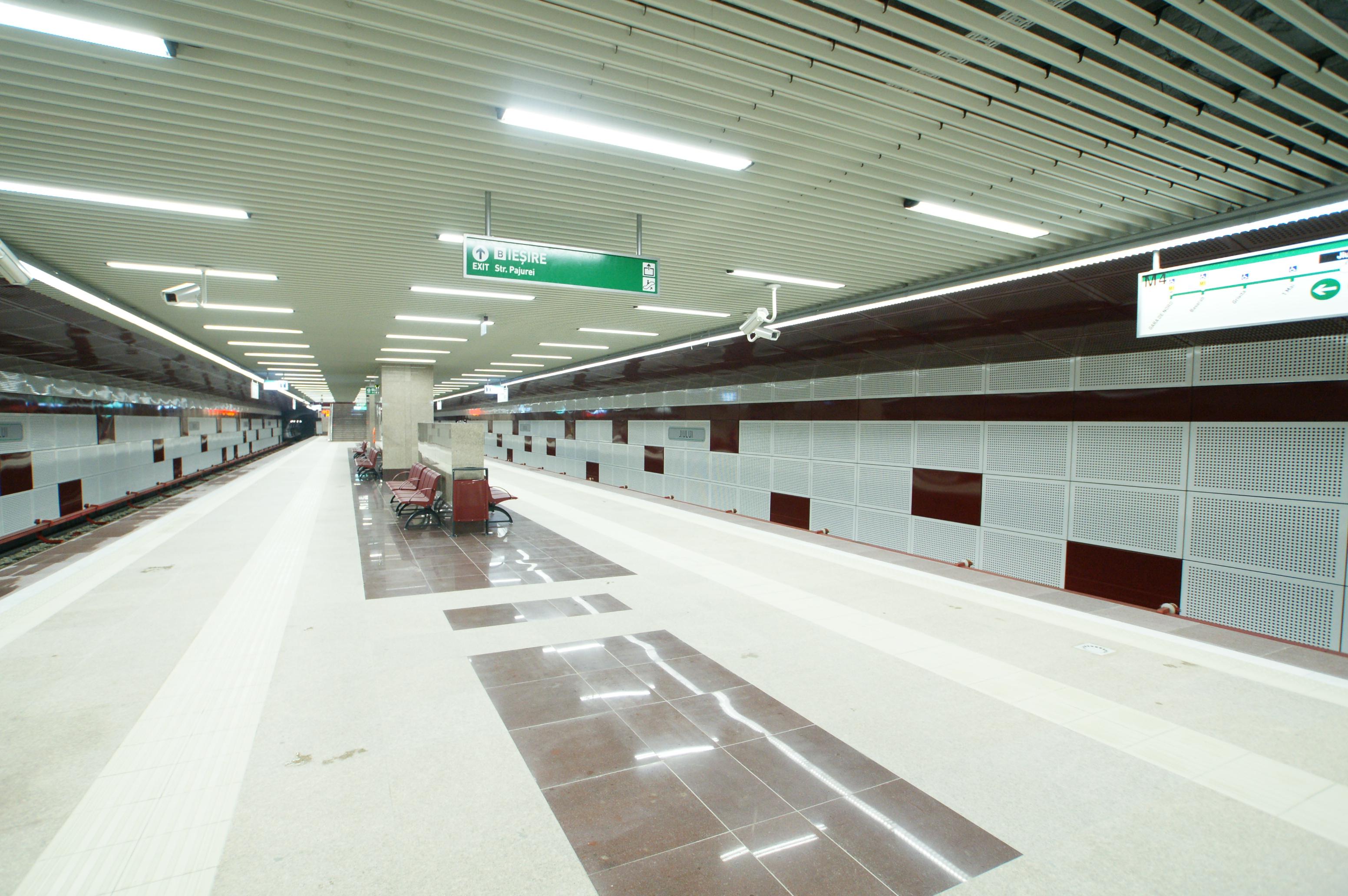 Panouri din tabla de otel folosite la statia de metrou Jiului OMERAS - Poza 7