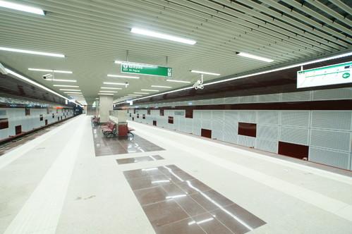 Lucrari de referinta Panouri din tabla de otel folosite la statia de metrou Jiului OMERAS - Poza 7