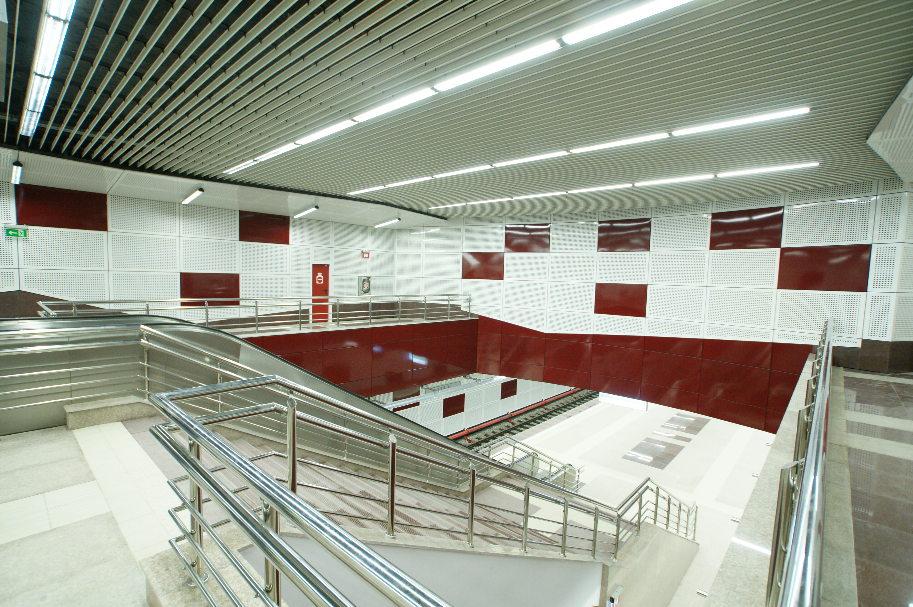 Panouri din tabla de otel folosite la statia de metrou Jiului OMERAS - Poza 10