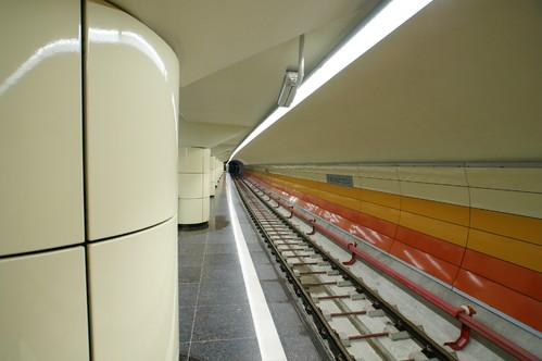 Lucrari de referinta Panouri din tabla de otel folosite la statia de metrou Bazilescu OMERAS - Poza 2