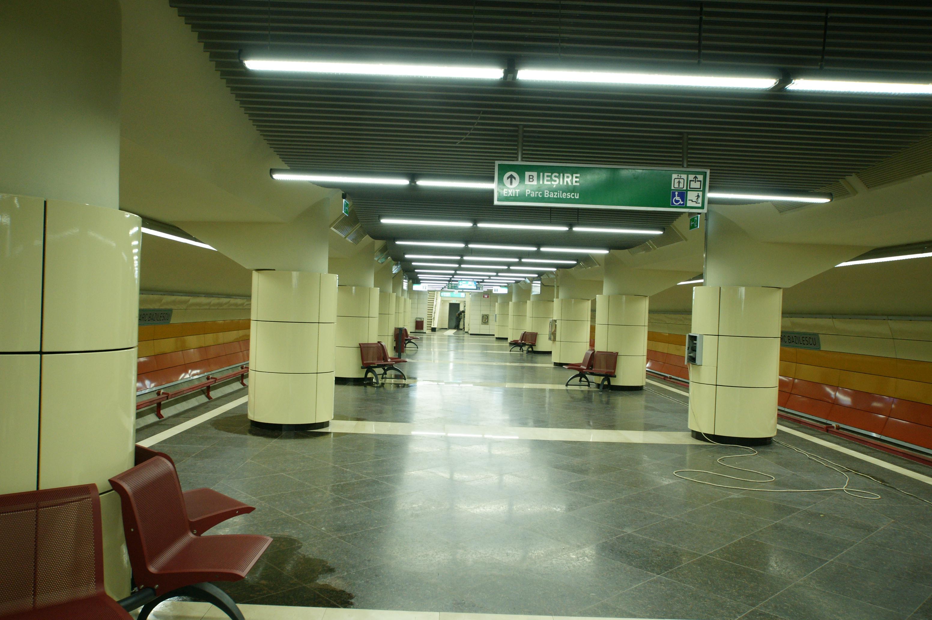 Panouri din tabla de otel folosite la statia de metrou Bazilescu OMERAS - Poza 4