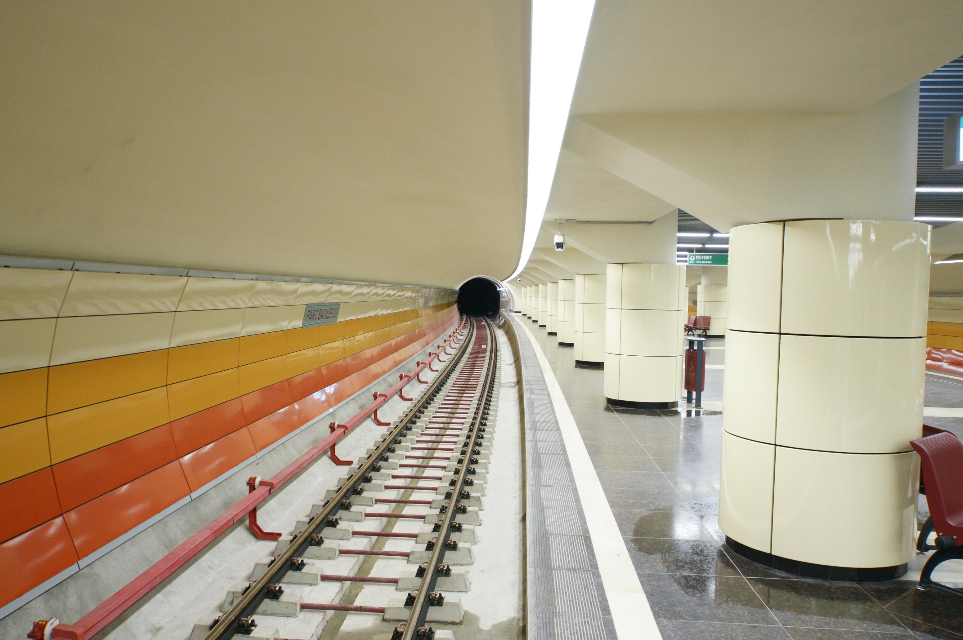 Panouri din tabla de otel folosite la statia de metrou Bazilescu OMERAS - Poza 7