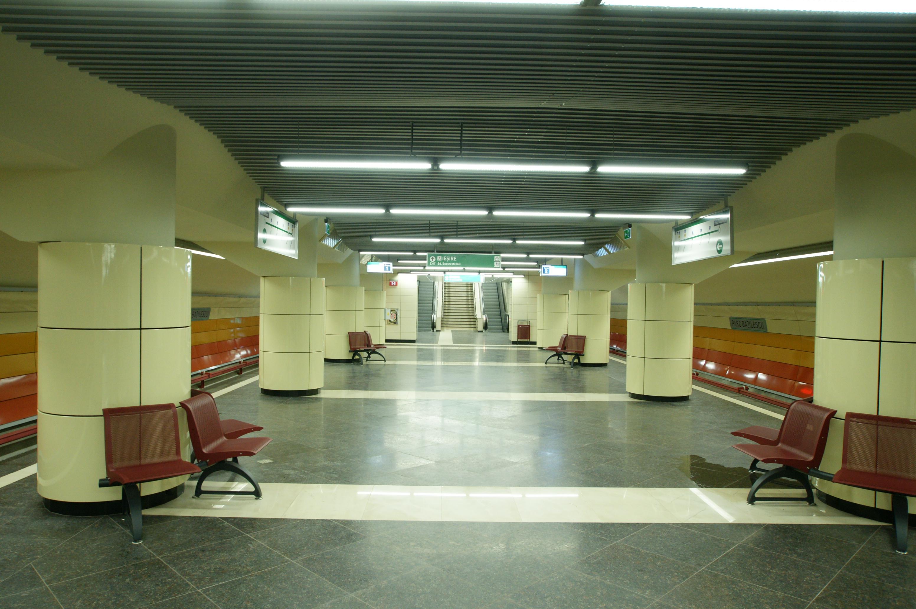 Panouri din tabla de otel folosite la statia de metrou Bazilescu OMERAS - Poza 9