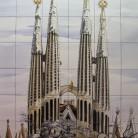 Catedrala Sagrada Familia din Barcelona - Decoruri artistice din faianta pictata pentru living ARTELUX