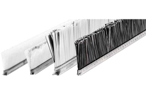 Perii pentru curatat vibroprese Periile SIT pe suport rigid incastrate in sine C-track sunt ideale pentru bancurile de lucru in prelucrarea Al si PVC-ului, in protejarea pieselor prelucrate pe mese dar si in glisare sau transport.