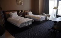 Mobilier pentru camere de hotel Compania Parla Ersah produce mobilier pentru camere de hotel. Toate sunt realizate in conformitate cu dorintele clientului.