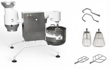 Roboti de bucatarie si patiserie Robotul de bucatarie si cofetarie ELTIM, este o masina universala industriei alimentare (pentru bucatarii si laboratoare culinare de toate tipurile), pentru prelucrarea in mod consecutiv cu ajutorul anexelor sale a unei game largi de produse alimentare.