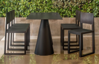 Mobilier pentru bar, fast-food TREND FURNITURE au creat scaune din policarbonat, polipropilena