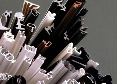 Garnituri din PVC, TPE-V pentru usi si ferestre din lemn Tràfilo