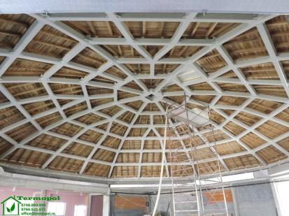 Izolatii spuma poliuretanica cupole lemn / Izolatie-spuma-poliuretanica-cupola-lemn-1
