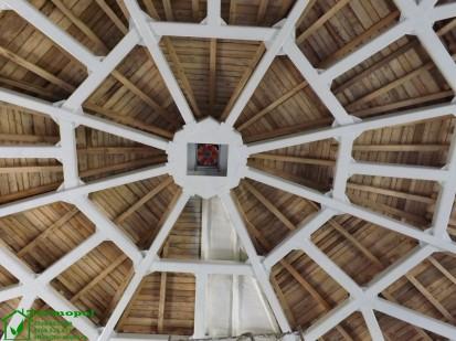 Izolatii spuma poliuretanica cupole lemn / Izolatie-spuma-poliuretanica-cupola-lemn-2