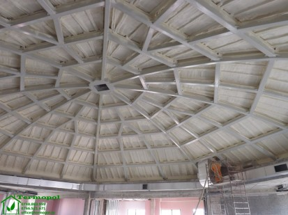 Izolatii spuma poliuretanica cupole lemn / Izolatie-spuma-poliuretanica-cupola-lemn-18
