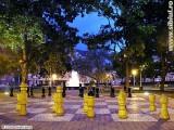 parcul-tineretului-sah-noaptea.jpg