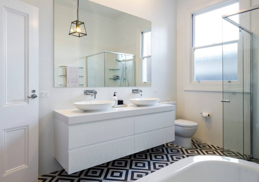 Cum alegi oglinda potrivită pentru baie - Cum alegi oglinda potrivită pentru baie