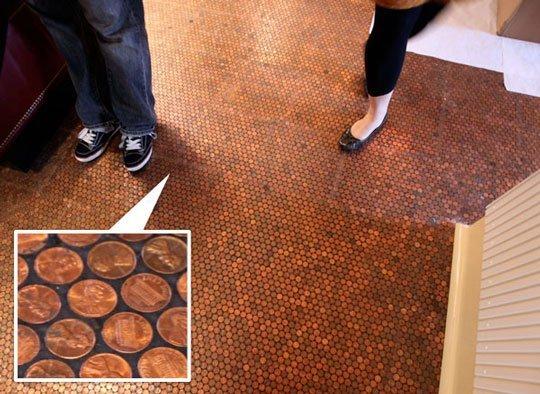 Banutii de mozaic creaza un decor deosebit - Hotelul Standard Grill
