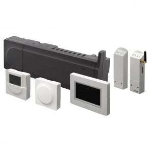 Unitate de comanda Uponor Smatrix Wave PLUS - Controlul temperaturii interioare - Sisteme de comanda pentru camere
