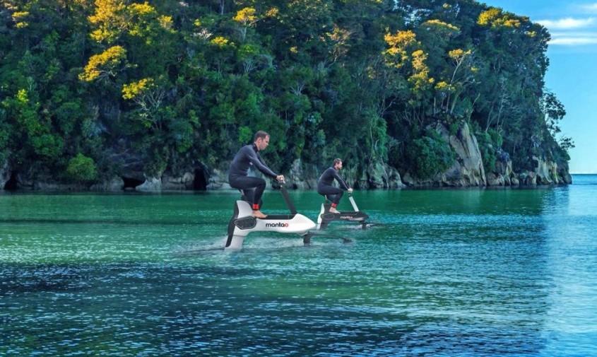 Noua bicicletă electrică cu apă îți permite să mergi pe râu lac și ocean - Noua