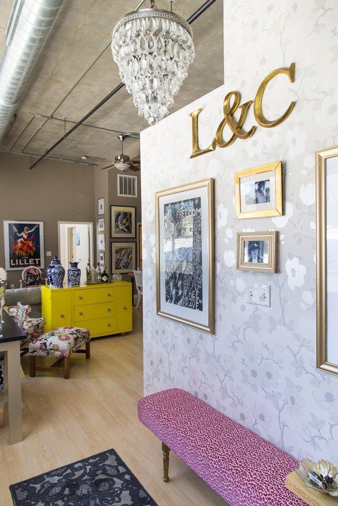 Un studio in care predomina contrastele - Un studio in care predomina contrastele