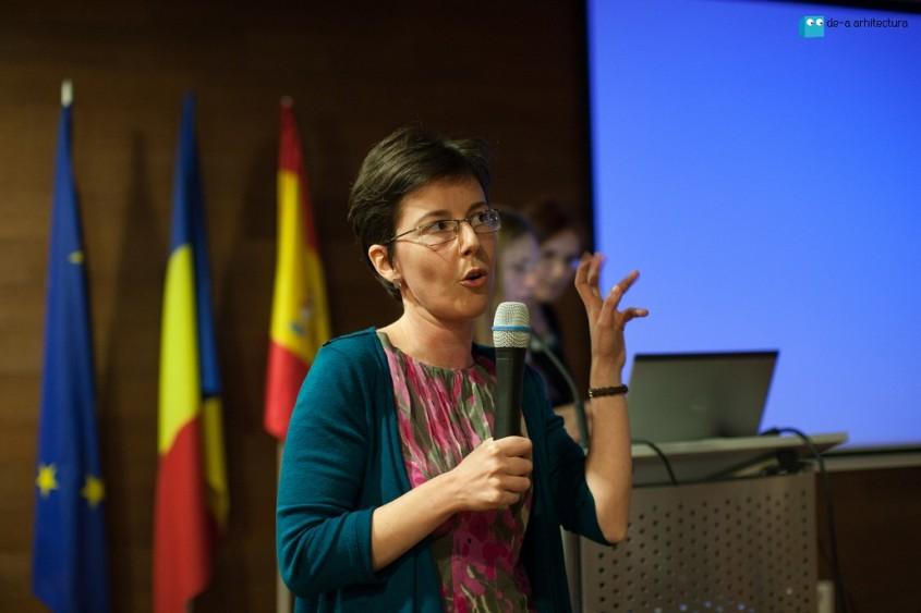 Raluca Iacob - Pop Cultura in Educatie - De-a Arhitectura Talks editia a-II-a - conferinta internationala