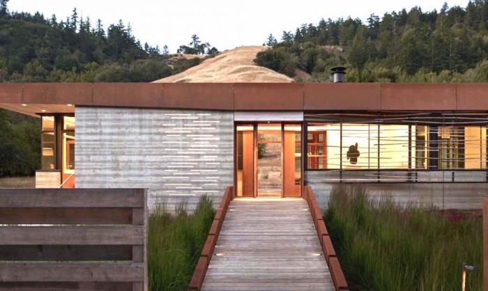 Casa Croock Cup Bow Twist - Casa de vacanta alimentata de soarele Californian