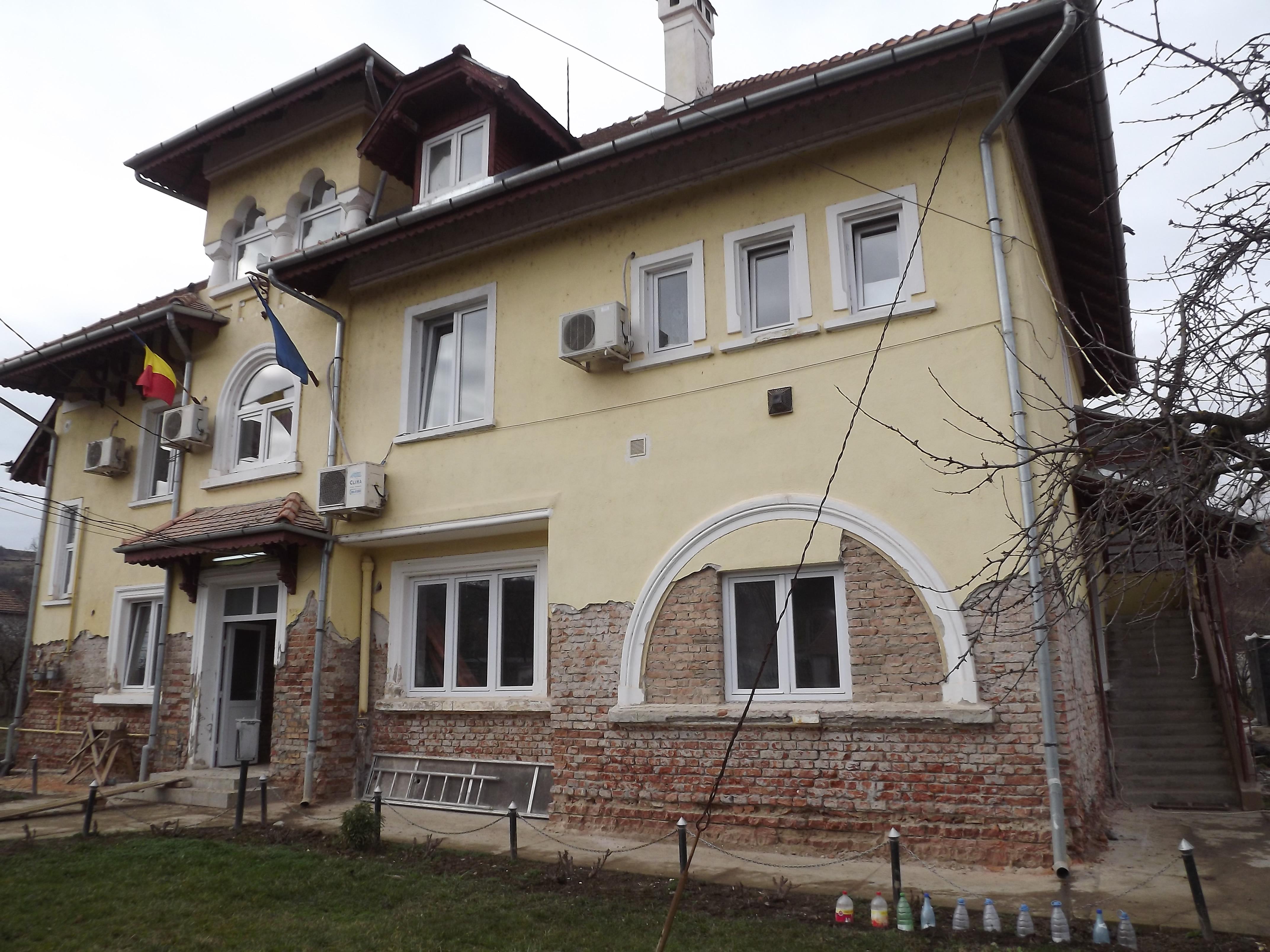 Imobil Deleni - Stoparea igrasiei in peretii de caramida la un imobil in Deleni, Sibiu