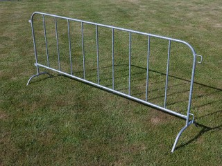 Panouri mobile M130 Crush Barrier - Garduri mobile pentru imprejmuiri temporare
