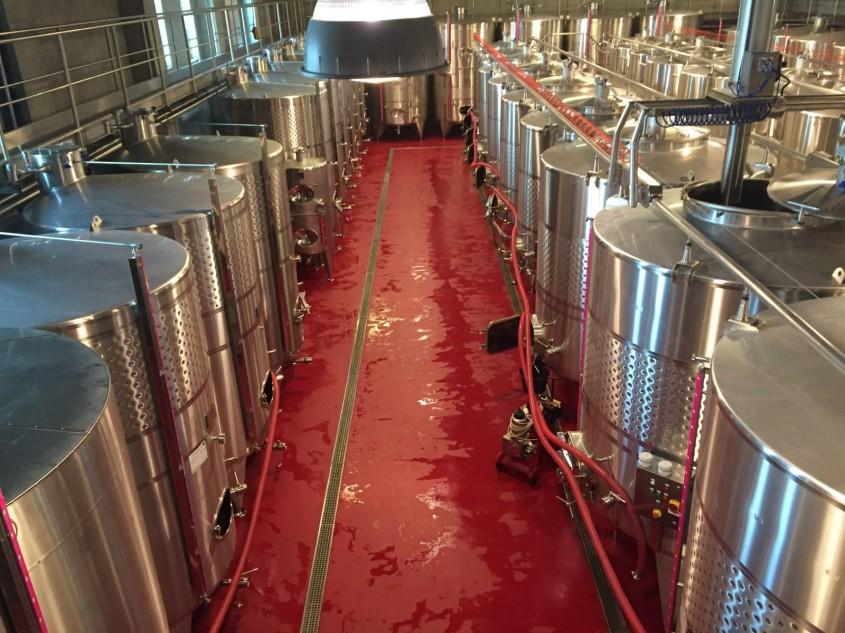 Zona de productie pentru crama de vin - Unify Co Ltd - lucrari de pardoseli sintetice