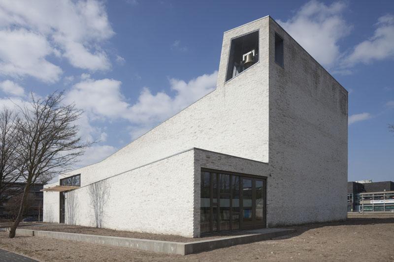 Biserica Moravian - Bas ten Brinke - arhitectul din Amsterdam care vede clientul ca sursa de