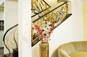 Balustrada din alama cu model floral si mana curenta de lemn - Balustrade