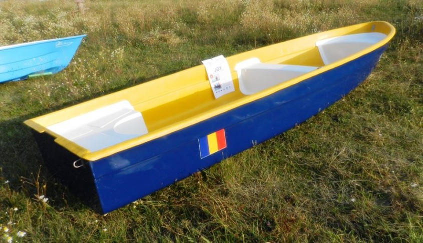 Model ambarcatiune: JOY - Expozitia de barci - Criber Nautics
