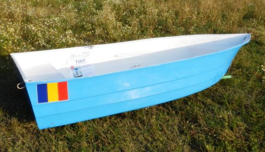 Model ambarcatiune: TINY - Expozitia de barci - Criber Nautics
